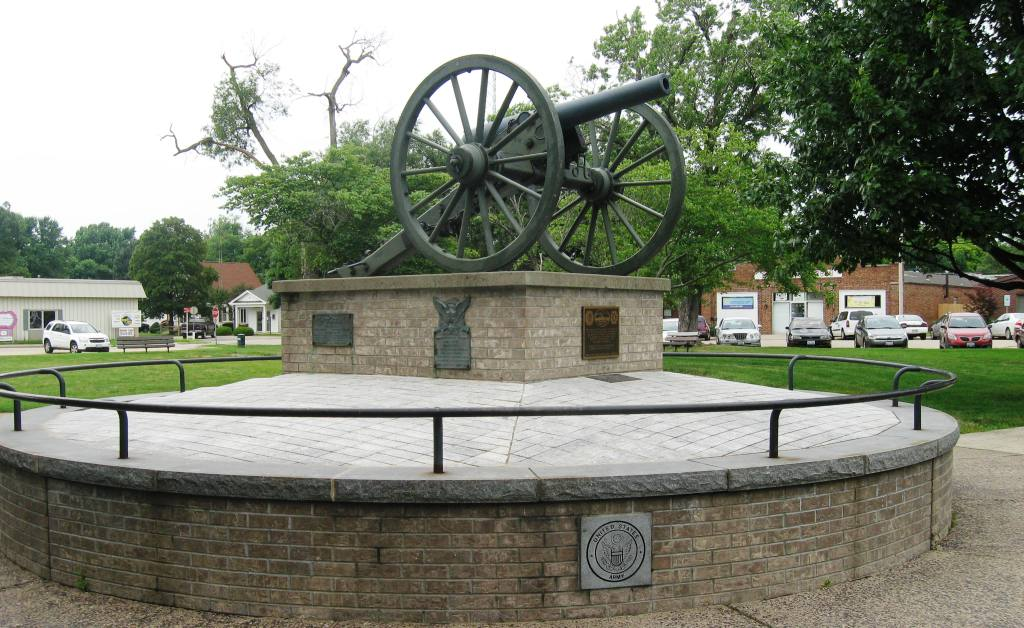 A Civil War cannon honors veterans on the Chatham square