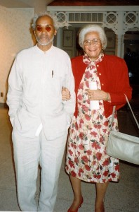 David Hammons with Jessie Mae Finley during a visit to Springfield
