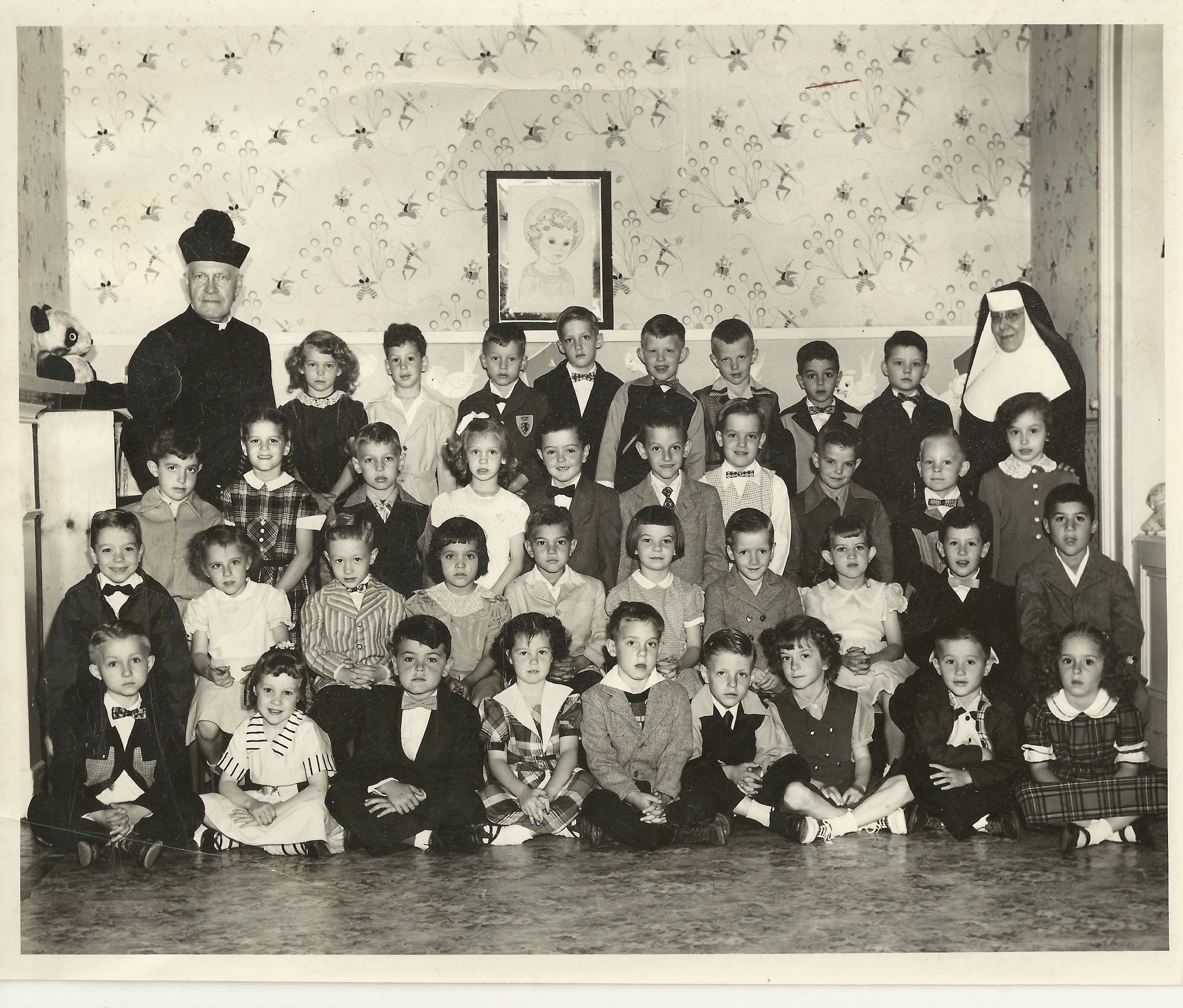 Kidergarten class, St. Peter & Paul School, 1952-53. Msgr. Linus Kipping (1864-1960). left; Mother Perpetua, right. (Photo courtesy Charles Tisckos)