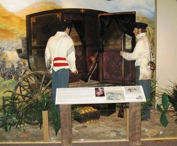 Illinois State Military Museum display (SCHS photos)