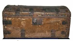 The 'Lincoln-Grimsley trunk,' once owned by Lincoln, later sold by the McDonald Art & Book Store (Seth Kaller Inc.)