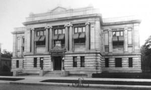Exterior, 1904 (SVC)