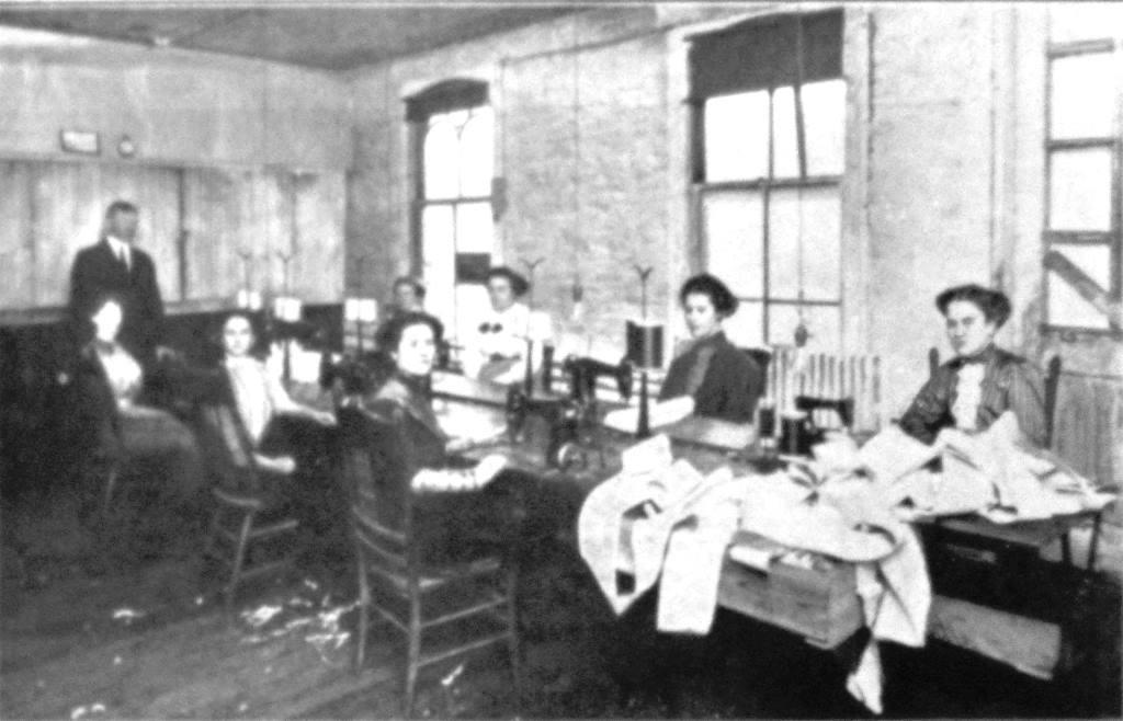Springfield Glove Co. sewing room, 1912 (Springfield: The Capital of Illinois)