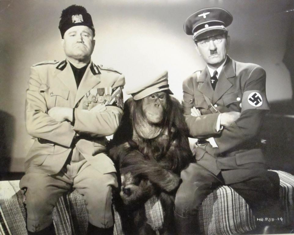 Watson as Hitler and Joe Devlin as Mussolini in The Nazty Nuisance (1943)