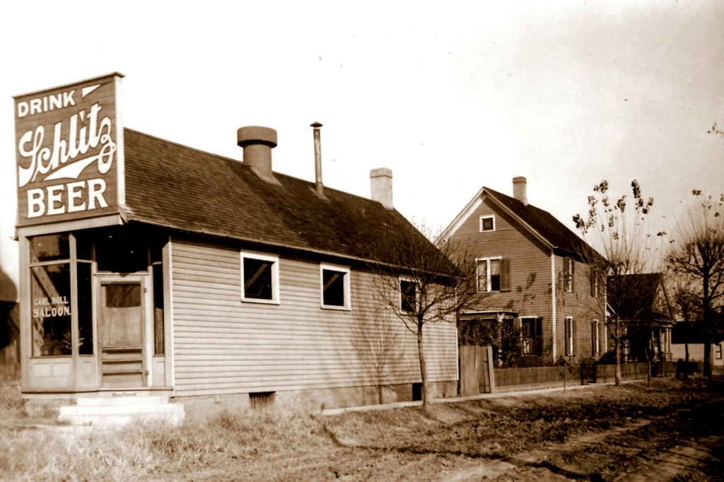 Noll Saloon, 1301 E. Enterprise St., early 20th century (Courtesy Kyle Graham)