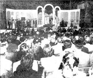 """Some of the more than 3,000 people who attended the Muni production of """"The Merry Widow"""" in 1950. (SJR)"""