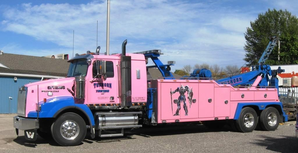 "Tuxhorn's rig ""Optimus"" (note the cartoon image) on the North Sixth Street lot, 2015 (SCHS photo)"