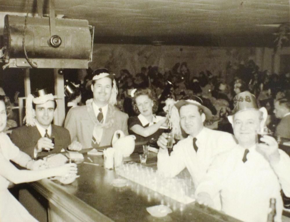 New Year's Eve 1957 at the Lake Club. Co-owner Hugo Giovagnoli is in the dark suit at left (Sangamon Valley Collection