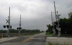 Gates guarded the Divernon Road rail crossing in 2017 (SCHS)