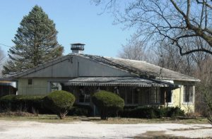 Lustron home in Pleasant Plains