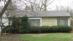 Lustron home at ??, Southern View