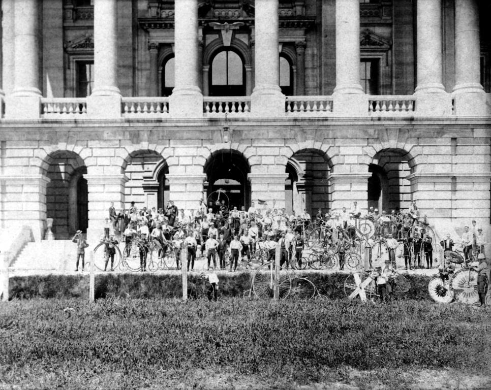 A group of riders at the Statehouse during the 1891 state League of American Wheelmen meet. Note the high-wheel bicycles. (Sangamon Valley Collection)