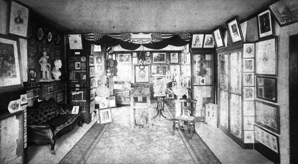 Stereocard image of Oldroyd's collection in the Lincoln Home parlors